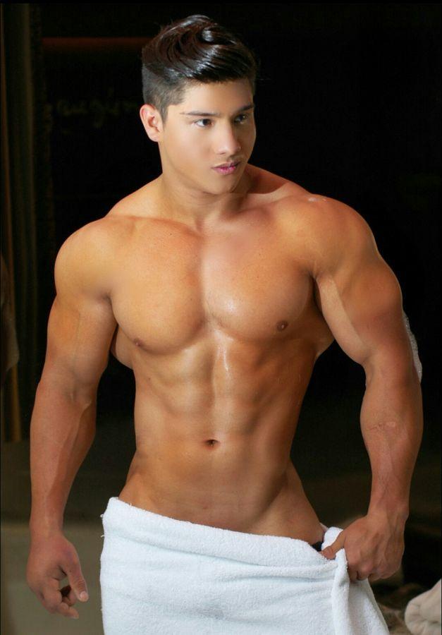 Jeff gannon gay escort pictures
