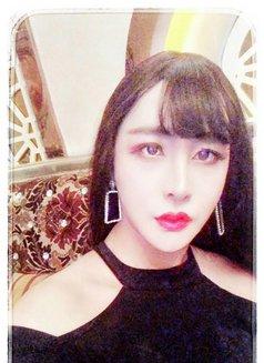 气质精致女王 - Transsexual escort in Shanghai Photo 3 of 7