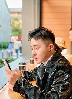 阳光翘臀少帅 - Male escort in Hangzhou Photo 1 of 8