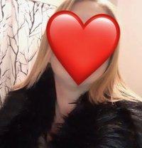 Εμμανουέλα Μελαχρινή Κουκλίτσα - escort in Athens