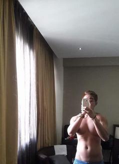 Double Penetration - Male escort in Hong Kong Photo 4 of 10