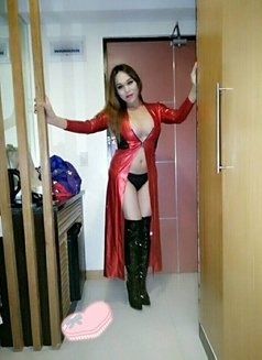 Ts-anne expert - Transsexual escort in Manila Photo 10 of 20