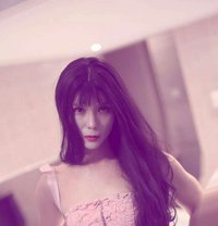 Abbychina - Transsexual escort in Beijing Photo 1 of 11