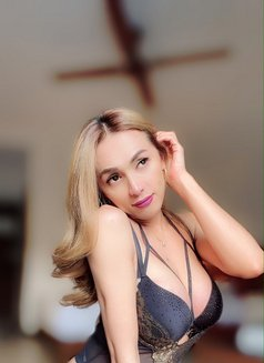 Makes the most out with Camilla - Transsexual escort in Mumbai Photo 18 of 30