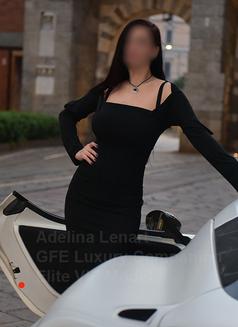 Adelina Lenart - escort in Milan Photo 4 of 22