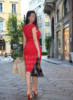 Adelina Lenart - escort in Milan Photo 7 of 22