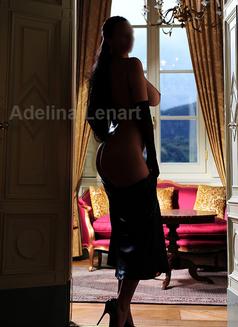 Adelina Lenart - escort in Milan Photo 16 of 22