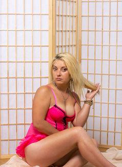 Adelina - escort in Bucharest Photo 4 of 4