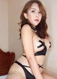 Aiko Sexy Love - Transsexual escort in Osaka Photo 13 of 22