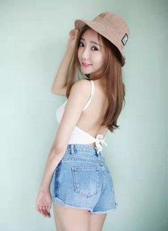 Ailsa - escort in Beijing Photo 4 of 5
