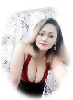 Aisha Filipina-Arabic - escort in Manila Photo 6 of 8