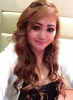 Aisha Filipina-Arabic - escort in Manila Photo 2 of 8