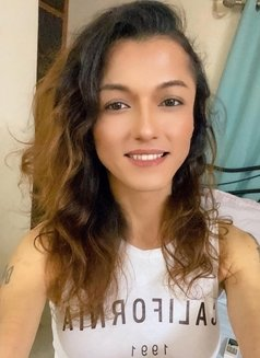 Akira Dani - Transsexual escort in New Delhi Photo 7 of 30