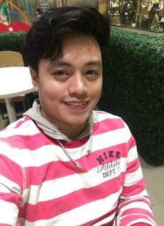 Albert Massuer - Male escort in Makati City Photo 5 of 6