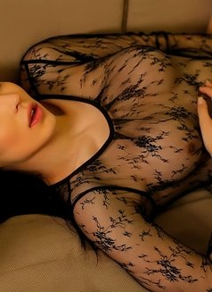 Aleksandra - Transsexual escort in Dubai Photo 2 of 12