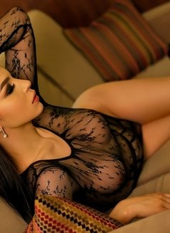 Aleksandra - Transsexual escort in Dubai Photo 3 of 12