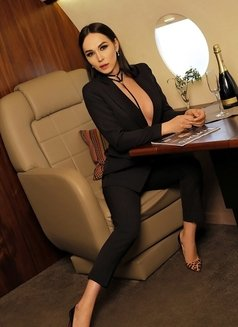 Aleksandra - Transsexual escort in Dubai Photo 4 of 12