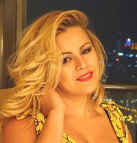 Alessia Big. Sexy Blond Brazilian - escort in Dubai