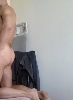 Alex Mancini - Male escort in Madrid Photo 6 of 8