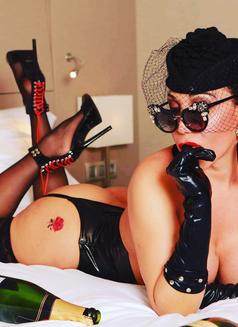 Alexandra Bittencourt - Transsexual escort in Barcelona Photo 16 of 16