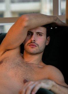 Alexandre Becker - Male escort in Madrid Photo 2 of 13