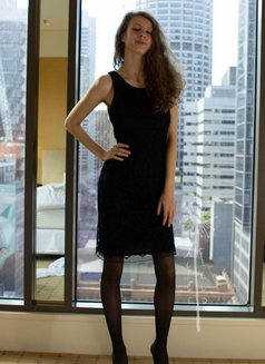 Alice Field - escort in Sydney Photo 11 of 22
