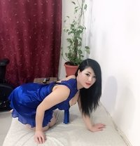 Alice VIP massage - escort in Kuwait Photo 6 of 6