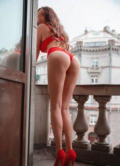 Alina - escort in Saint Petersburg Photo 7 of 18