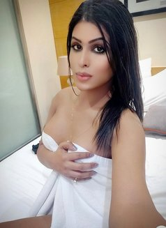 ALINA - Transsexual escort in New Delhi Photo 19 of 29
