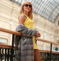 Alisa - escort in Budapest