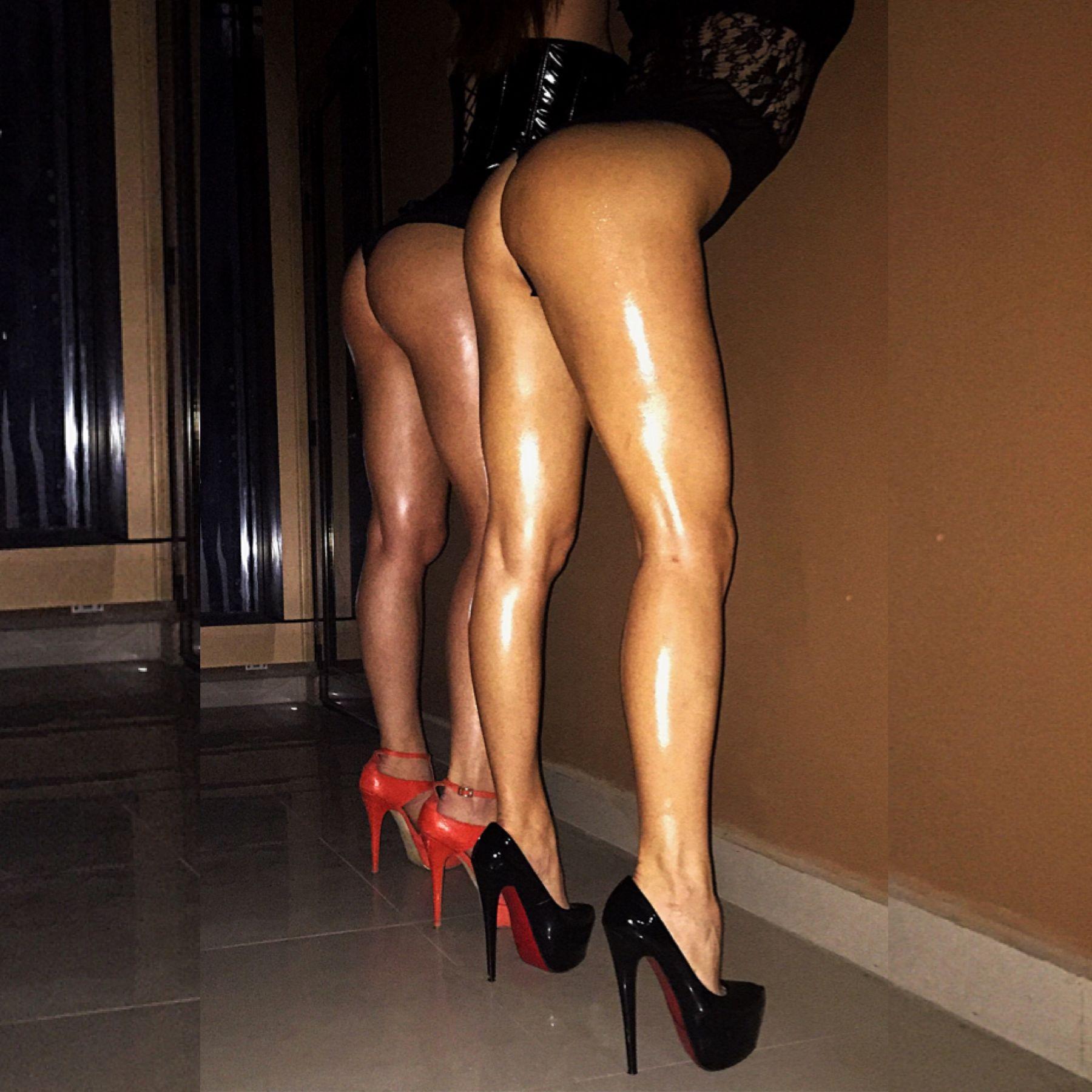 erotic massage in escort service girls
