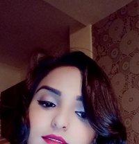 Alisha - escort in New Delhi Photo 1 of 1