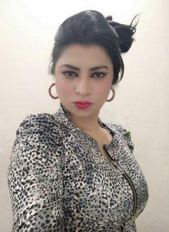 Alisha for Cam shows & online services - dominatrix in Mumbai Photo 16 of 17