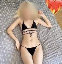 Alisya - Transsexual escort in İstanbul Photo 1 of 10