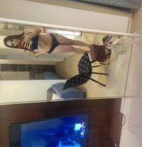 Allyna - Transsexual escort in Hong Kong
