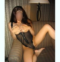 Aloescorts. Com - escort in Varna