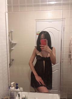 Alva - Transsexual escort in Shanghai Photo 6 of 15