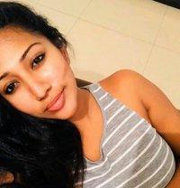 Am Hot Indian Girl - escort in Al Manama