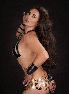 Amalie Von Stein - dominatrix in Florida Photo 9 of 12