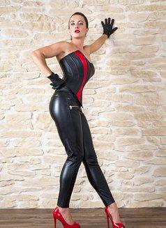 Amalie Von Stein - dominatrix in Florida Photo 10 of 12