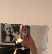Amanda Aria - Transsexual escort in Paris