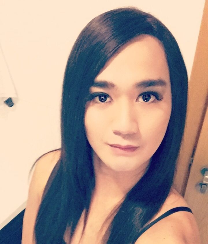julia escort crossdresser massage