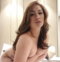 Amazing Lauren - Transsexual escort in Al Manama Photo 1 of 24