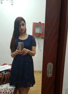 Amber Chaudhary Model - escort in Abu Dhabi Photo 3 of 6