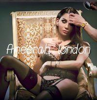 Ameerah - Transsexual escort in London Photo 1 of 15