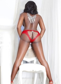 American Leah available NOW - escort in London Photo 5 of 10