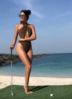 American Top Model Rose Swanson - escort in Dubai Photo 1 of 5