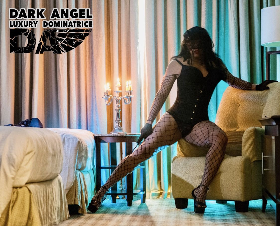 dark angels escorts analfuck