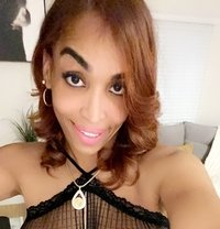 American Ts Evelyn lots of poppers, GFE. - Transsexual escort in Dubai Photo 1 of 30