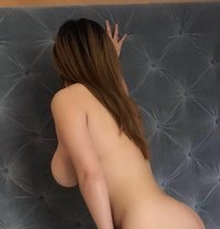 Amy Beautiful Girl - escort in Paris